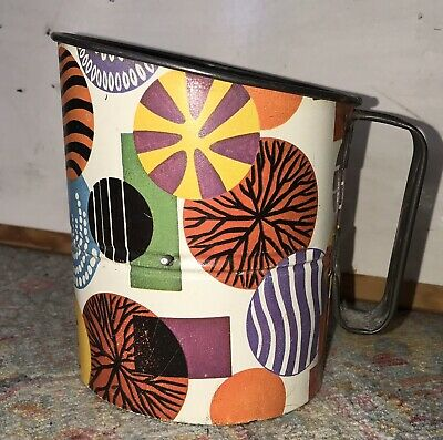 Funky Retro Flour Sifter