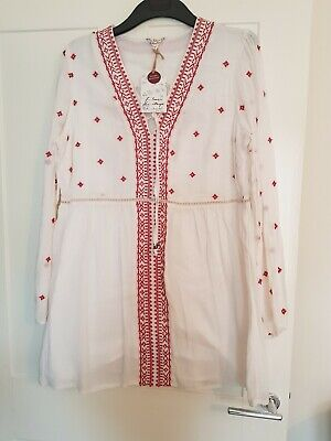BNWT Falmer Heritage Embroidered Cream Bell Sleeve  Top size 8 20 BB