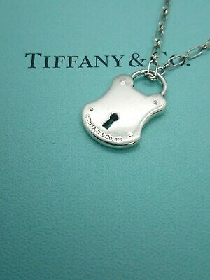 Authentic Tiffany & Co. Elegant Lock Key Hole Necklace Sterling Silver 15inch