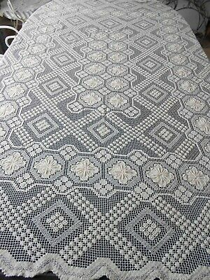 Exquisite Vintage Filet Lace Ecru Tablecloth, Could Also Be Used On Bed