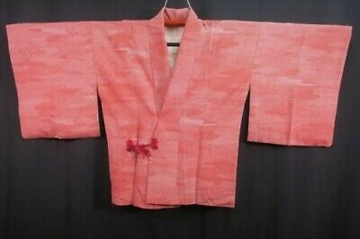 Vintage Japanese Ladies' Light Red Patterned Crepe Dochugi Kimono Jacket LARGE