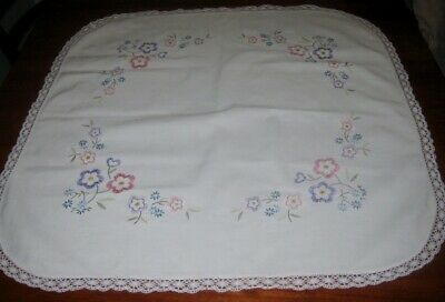Vintage Hand Embroidered Supper Cloth ~  Flowers ~ Lace Edged ~ White ~ Linen