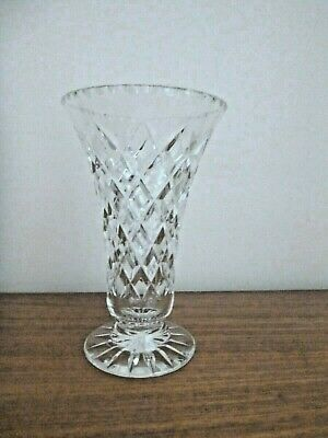 19 cm TALL - 12 cm WIDE RIM - SHAPED CRYSTAL VASE - VERY GOOD USED CONDITION
