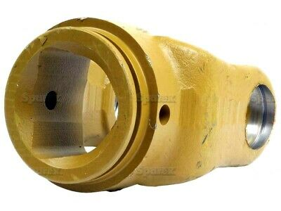 PTO YOKE TRIANGLE TUBE (U/J SIZE 30.2mm x 106.5mm) FITS VARIOUS IMPLEMENTS.
