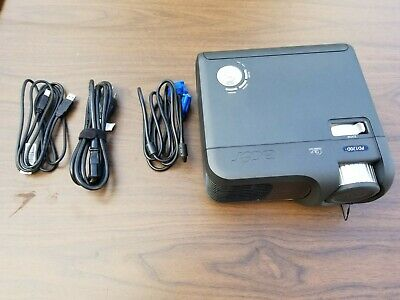 Acer Portable DLP Projector PD120D w/ cables and carrying bag