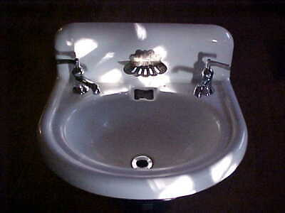 VTG Cast Iron & Porcelain Bathroom Sink w Faucets /Clam Soap Dish A&O Works SINK