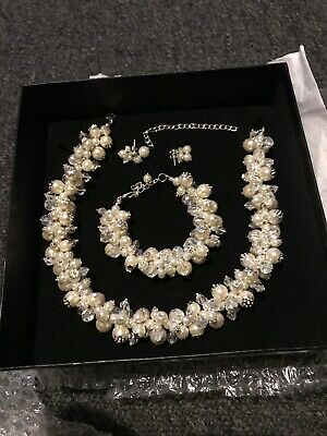 Beautiful handmade crystal and pearl cluster necklace bracelet earrings cost £65