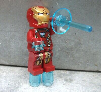 LEGO Super Heroes IRON MAN minifigure ONLY from Avengers AIRPORT BATTLE 76051