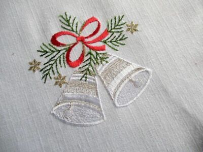 Christmas Table runner - Embroidery Decoration - White