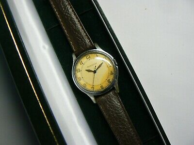 Rare British Military WW2 Mens Wrist Watch Jaeger-LeCoultre 17 Jewels in box GWO
