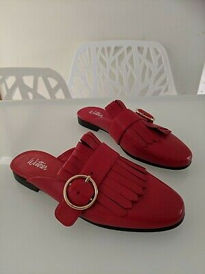 Wittner sz 38 Red Leather Cartar Slide mule Shoes AS NEW