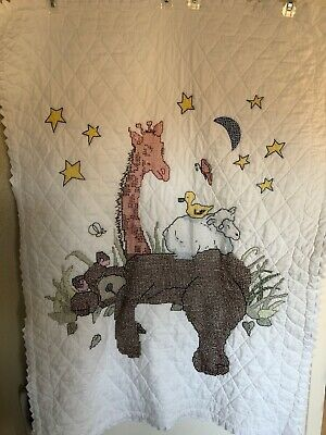 Hand Embroidered Hand Quilted Baby Quilt with Prairie Points Animals Sleeping