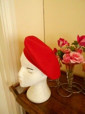 """Retro Red Felt Beret Made In England By Kangol """"Anglobasque"""" 100% Pure Wool"""