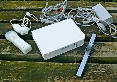 Nintendo Wii Console White Fully Tested Bundle All Wires & Controller / Remote