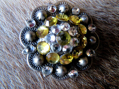 4 Conchos Rhinestone Bling Horse Saddle Bridle Tack Western Berry Concho CO366