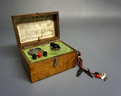 Smith's Automotive Electrical Instrument Tester in Wooden Box, 12V, Code SR/D366