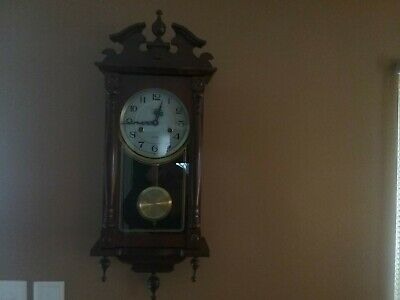 """WOODEN -31 DAY WIND-UP Chiming WALL CLOCK """"CAMER"""". W/PENDULUM KEY"""