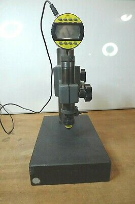 Mahr Extramess 2000 Inductive Digital Comparator with mount.