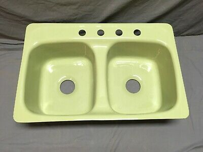 Vtg Cast Iron Light Avocado Green Porcelain Double Basin Kitchen Sink 375-19E