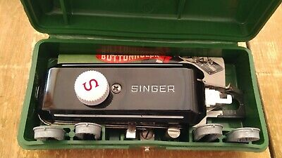 Vintage 1948 Singer Buttonholer #160506 With Case 4 Templates and Manual MINT!!