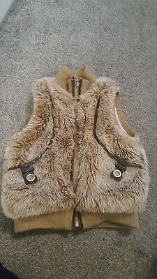 trendy NEXT girls faux fur gilet..age 5/6..cute! good condition