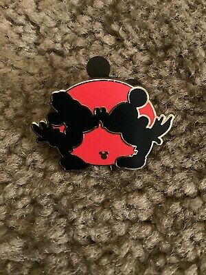 Completer Pin Hidden Mickey Red Silhouette Minnie Kissing Disney Parks Authentic