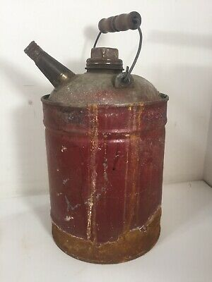 Antique VTG Can USA  PAINTED METAL 1 GALLON GAS OIL KEROSENE CAN RUSTY