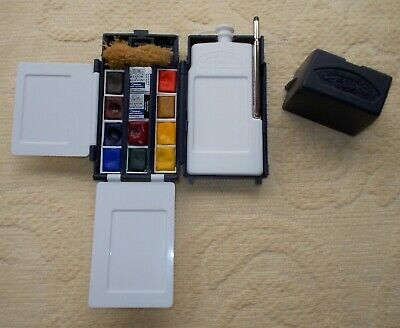 Winsor and Newton Cotman Water Colour Field Box & Water Colour Pad