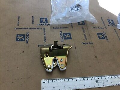 GENUINE PEUGEOT 205 GTi  Tailgate LATCH CATCH striker 871937 lock