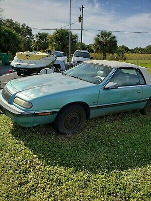 1993 Chrysler LeBaron Convertible A Solid Florida car with only 40k miles runs well perfect project car