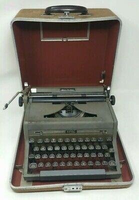 Vintage Royal Quiet Deluxe Portable Manual Typewriter Grey With Original Case