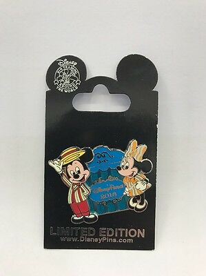 Disney Parks 2016: Mickey And Minnie Limited Edition Pin (DP-13)