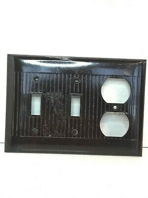 Vintage Sierra Ribbed Bakelite 2 Toggle Switch Duplex Cover Plate brown