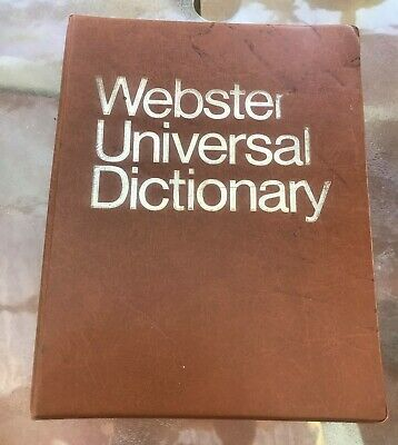 """LARGE """"WEBSTER"""" UNIVERSAL DICTIONARY PUBLISHED 1968 Colour Pics Retro Photos"""