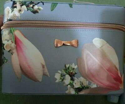 BNIB Ted Baker 'Majestic Marvels' Toiletry Gift Set, RRP £50!