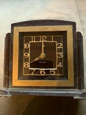 Genalex Bakelite Mains Electric Clock circa 1930s