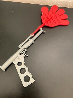 Fly Hand Shaped Swat Splat Gun Novelty Unusual Quirky Pest Control Clap Gift