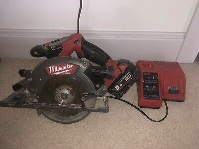 BRUSHLESS MILWAUKEE 18V FUEL CIRCULAR SAW M18CCS55 + 5.0AH Battery + Charger