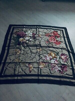 Valentino Silk Scarf 34 Inches X 34 I Ched