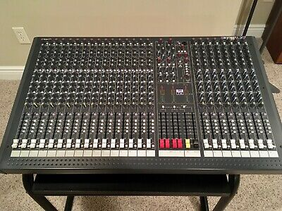 Soundcraft Spirit LX-7 24-channel mixing console