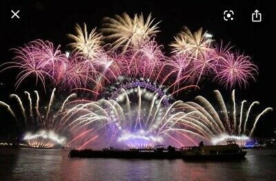 London New Years Eve Fireworks - December 2019 - RED Area X1