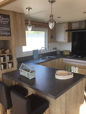 LUXURY CARAVAN ON ISLE OF WIGHT FOR HIRE  21-28 March 2020 Ferry Inclusive Price