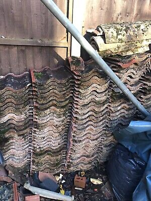 USED Marley Mendip Red Concrete Interlocking Weathered Roof Tiles x 114