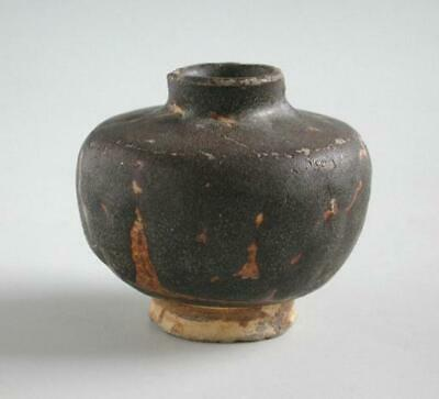 Chinese Song / Yuan Dynasty Small Stoneware Jar