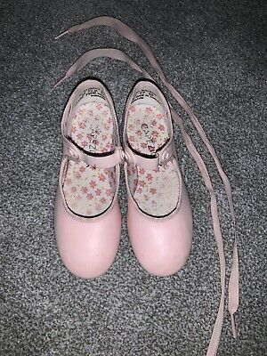 Girls Capezio Pink Tap Shoes Size 10.5 M E7 65 With Ribbons. Excellent Condition