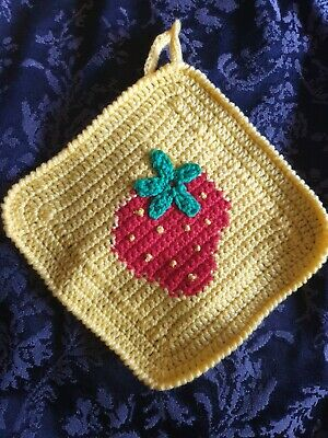 Crocheted Pot Holder Table Pad. Handmade vintage beautifully detailed.