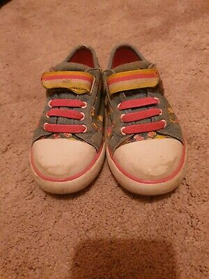 GIRLS CLARKS BRILL DOLL PUMPS PLIMSOLS TRAINERS CANVAS PLIMSOLL SHOES infant 9G