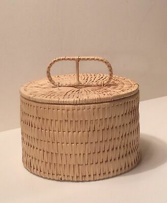 Wicker Basket Sewing Round Lidded Basket with Handle VGC Rare Collectable