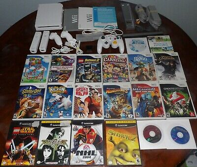 Nintendo Wii Console GameCube compatible & controllers & 20 games works great