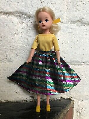 Pedigree Sindy Doll In 1984 Party Time